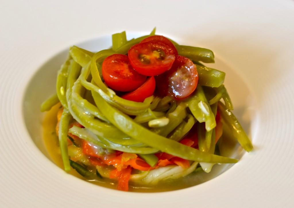 Verduras con salsa de anchoa